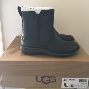 Ugg Neevah Leather Boots